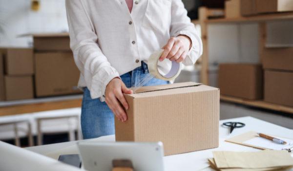 Saving postage on sending parcels dropshipping