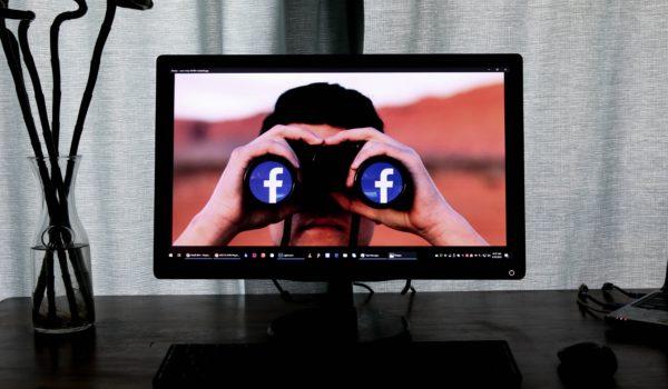 man-looking-at-facebook